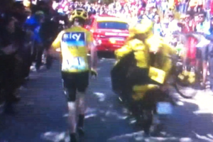 tour de france froome incidente sul ventoux 007