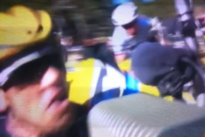tour de france froome incidente sul ventoux 010
