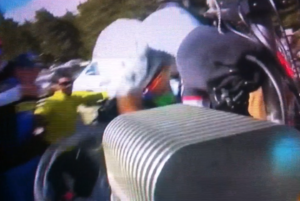 tour de france froome incidente sul ventoux 011